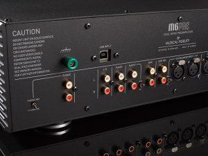 Musical Fidelity M6s PRE back